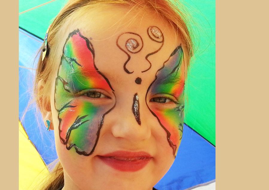 Steffis-Hits-for-Kids_Galerie_Kinderschminken_Schmetterlingjpg
